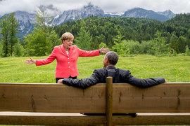 Лидеры Европы и США (на фото – канцлер Германии Ангела Меркель и президент США Барак Обама) по-разному видят перспективы антироссийских санкций
