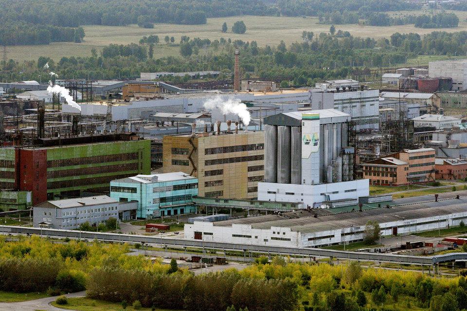 Из-за нехватки сырья встал один из крупнейших производителей поливинилхлорида в России – «Саянскхимпласт»