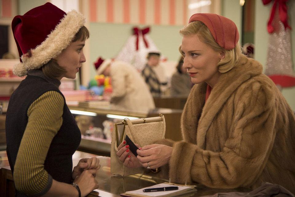 Во всех номинациях роль Кейт Бланшетт (справа) шла как главная, а Руни Мары – как роль второго плана. Хотя это равноправный дуэт