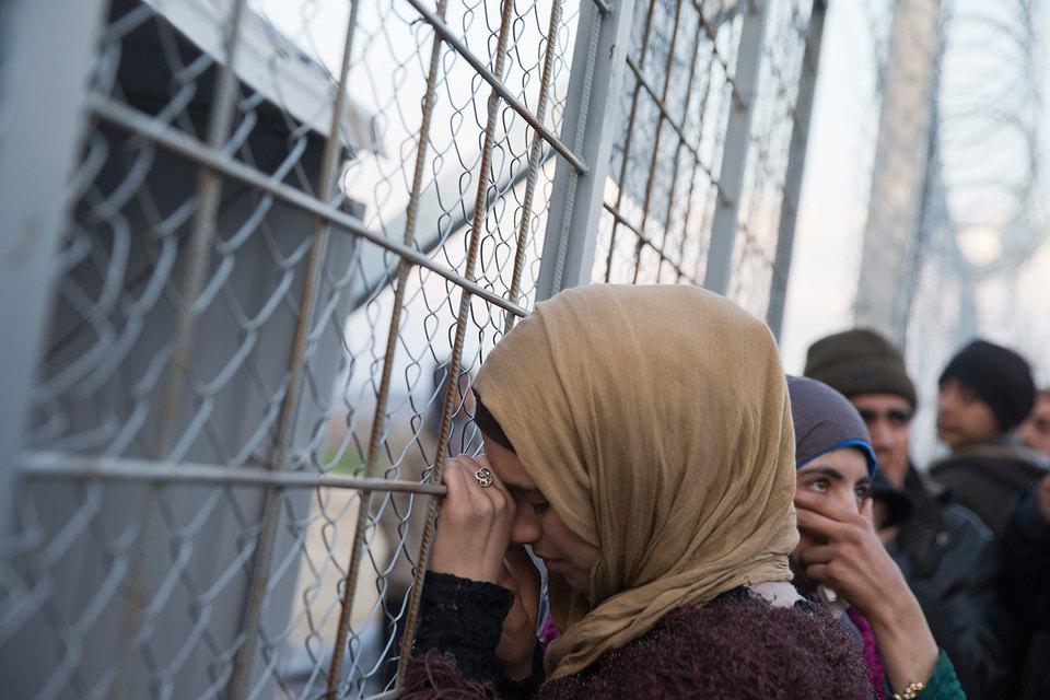 Согласно договоренностям все не имеющие необходимых документов мигранты, прибывающие в Грецию через Турцию, будут возвращены в Турцию