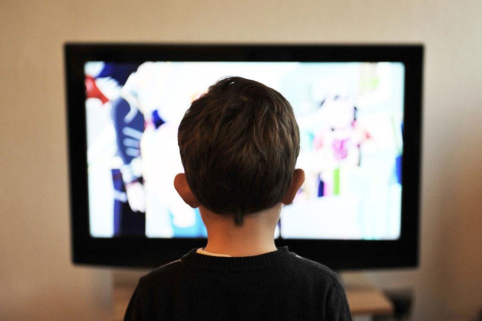 Создатель Napster запустит сервис для просмотра новинок кино дома