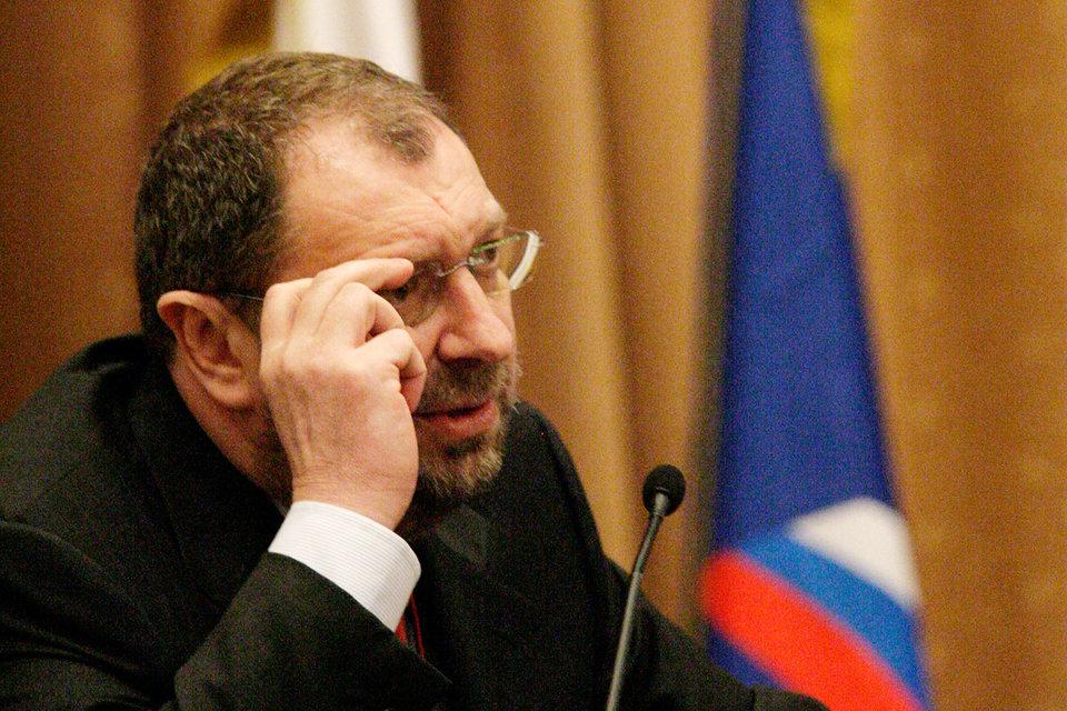 Испания пытается объявить депутата Госдумы Владислава Резника в международный розыск