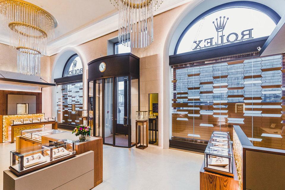 Первый российский монобрендовый бутик Rolex заработал в отеле «Метрополь»