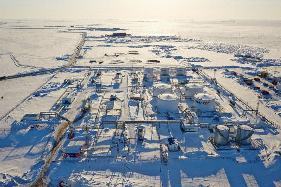 Проект «Ямал СПГ» предусматривает строительство завода по производству сжиженного природного газа (СПГ) мощностью 16,5 млн т СПГ в год