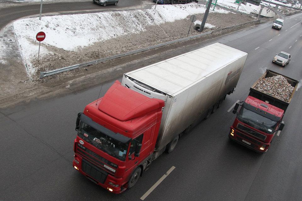 МВД предлагает не регистрировать автобусы и грузовики на физических лиц, оставив на рынке коммерческих перевозок только компании