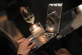 Алкоголь в интернете вскоре можно будет купить легально: такой законопроект внесен в Госдуму