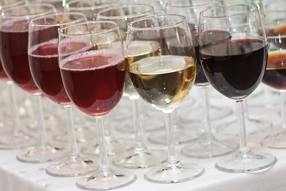 Принадлежавшая Вадиму Томчину компания «Мозель» (до 2014 г. – ЗАО) до банкротства была крупным импортером вин