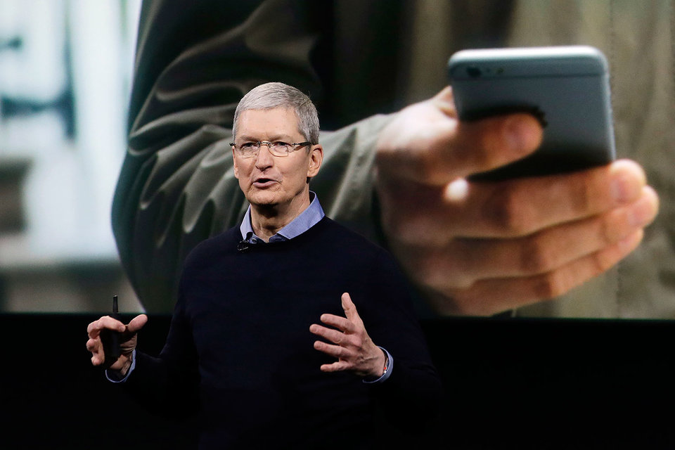 Тим Кук рассказывает о новом iPhone SE