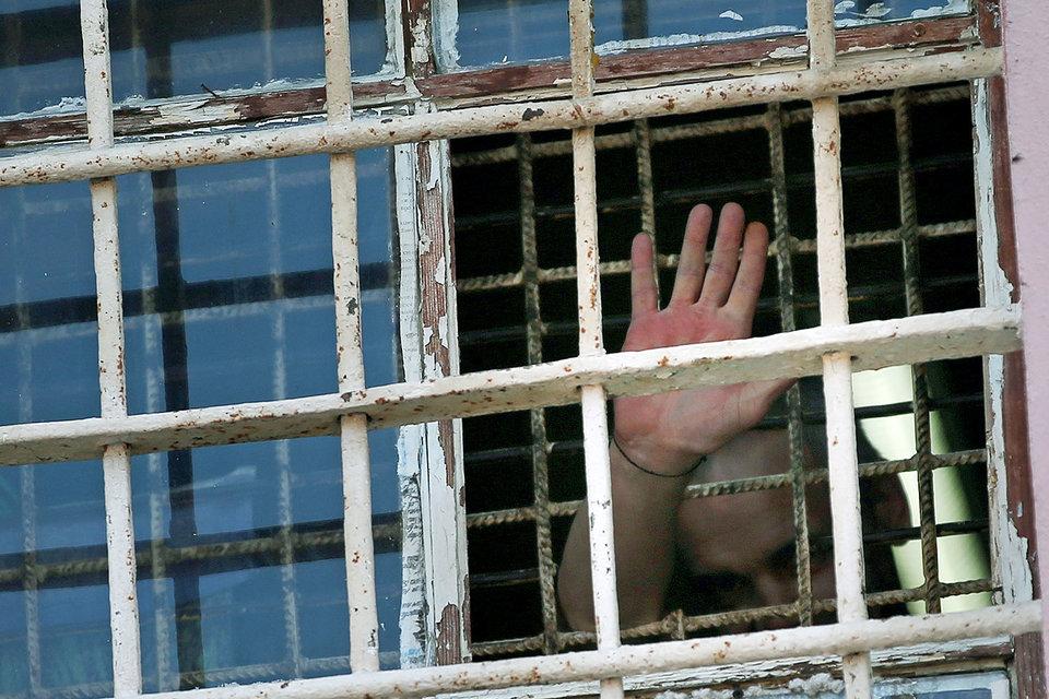 Депутаты ужесточат запрет на использование мобильных телефонов в тюрьмах
