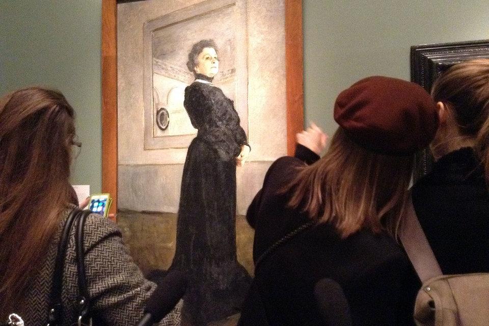 Портрет Ермоловой прибыл на гастроли в Лондон