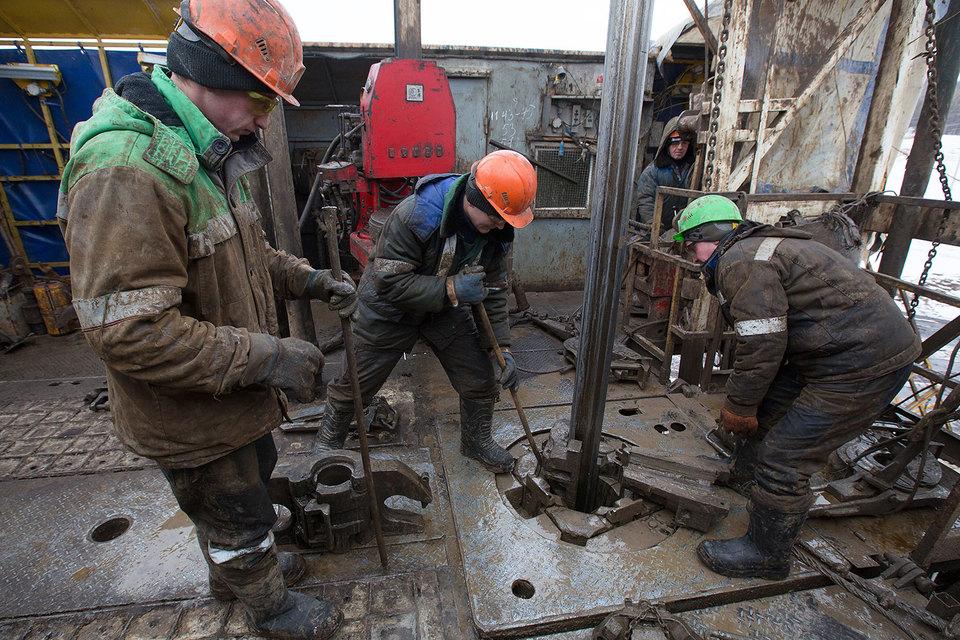 Fitch: Налоги опаснее дешевой нефти для рейтингов российских компаний