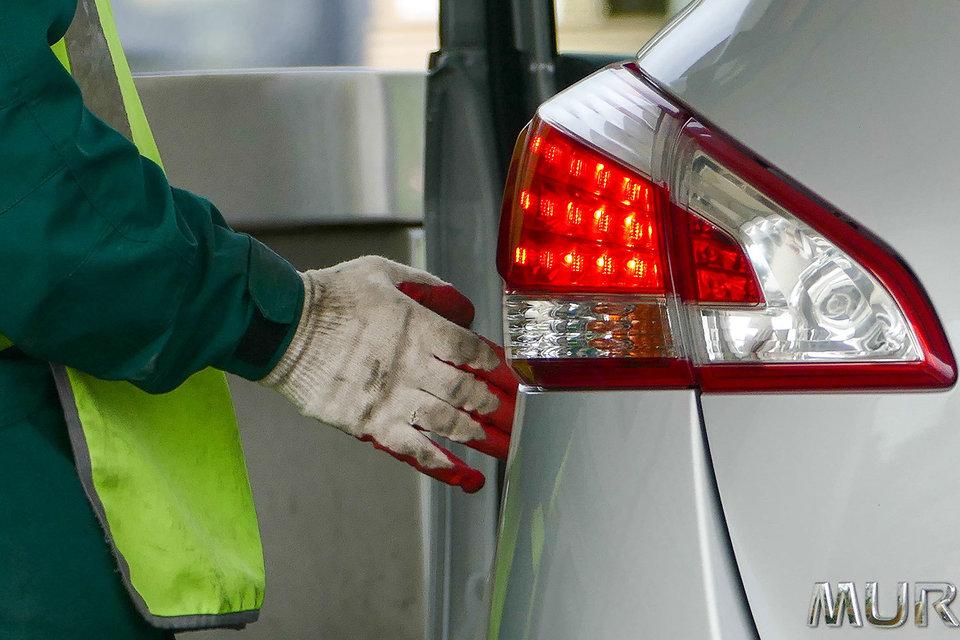 АЗС отпустили цены на бензин