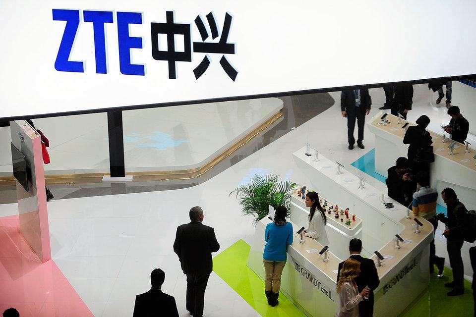 США ставят санкции против ZTE на паузу