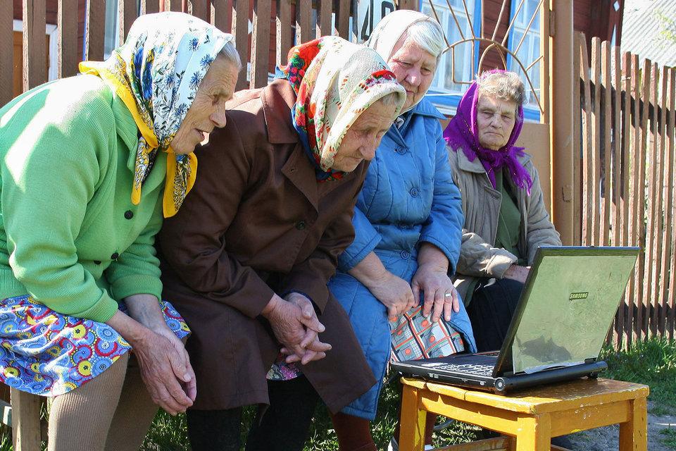 Программа ликвидации цифрового неравенства обеспечивает интернетом российские деревни