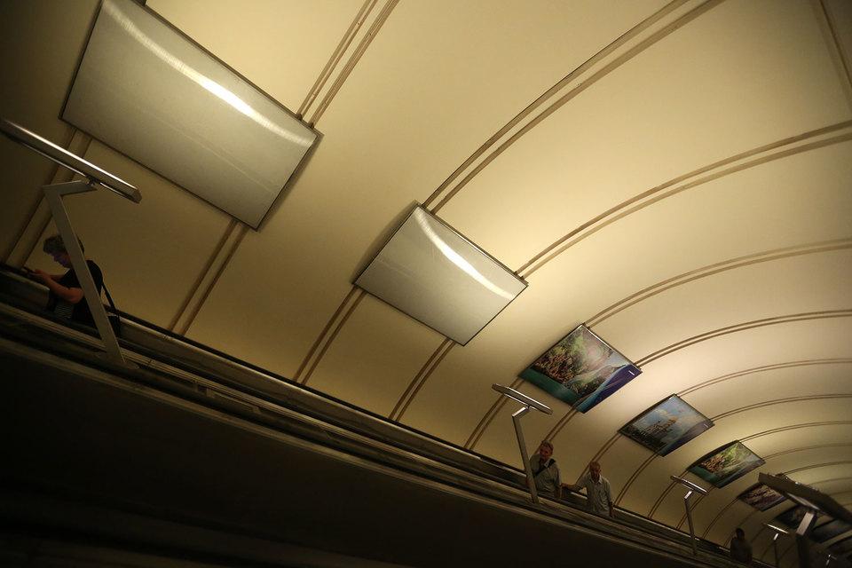 Нового подрядчика для продажи рекламы метрополитену найти так и не удалось