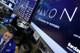 Последние несколько лет выручка и стоимость акций Avon сокращалась