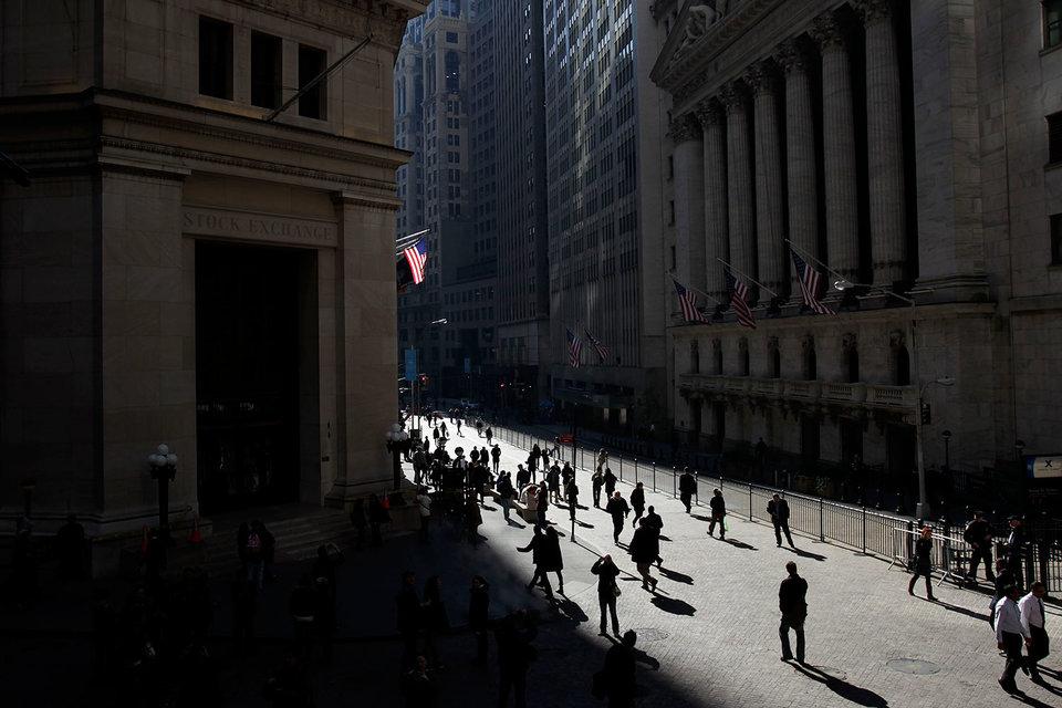 Инвесторы готовятся к падению фондового рынка США