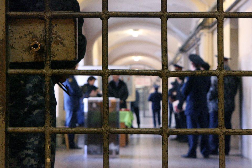 Право голосовать в тюрьме имеют только те, кто еще не приговорен, считают власти России