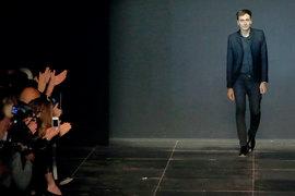 За время работы Слимана выручка Yves Saint Laurent выросла в три раза