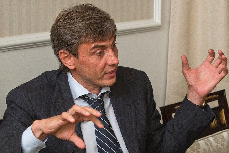 Гендиректор «Магнита» Сергей Галицкий снизил долю прямого владения в компании до 35%, переведя 3,5% в кипрский офшор