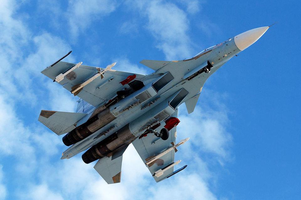 Истребитель Су-30СМ на российской базе в Сирии
