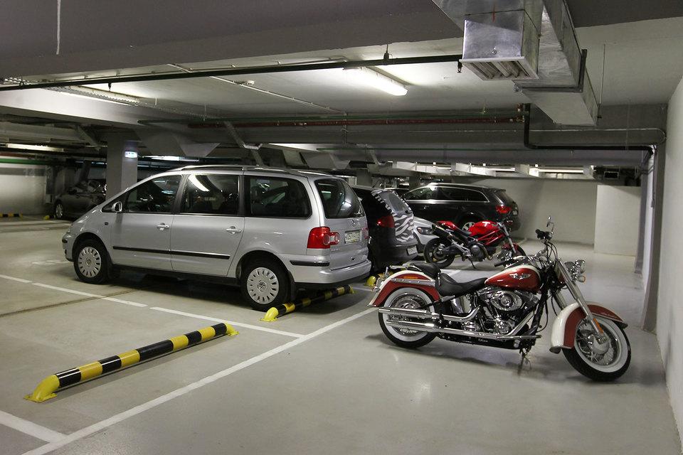 Сейчас оформить парковку в собственность можно, пририсовав ей виртуальные стены