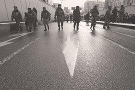 Гвардия создается на основе внутренних войск, выделяемых из системы МВД. Также в ее подчинение переходят ОМОН, СОБР и вневедомственная охрана