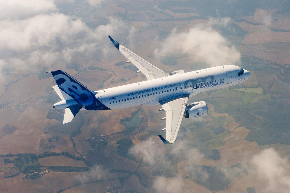 S7 первой в России получит самолеты семейства Airbus 320 neo (на фото), которые расходуют на 15% меньше топлива