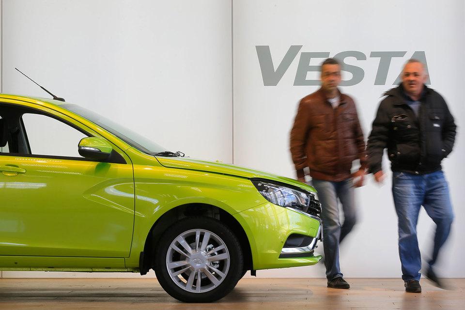 Lada Vesta понравилась российским автолюбителям больше, чем Granta