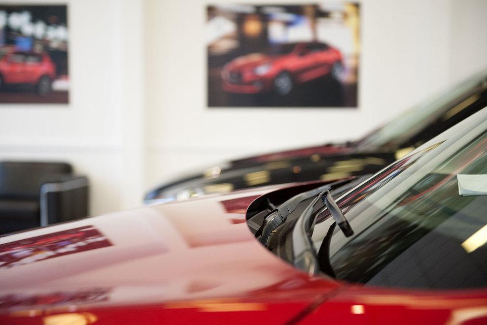 Продажи новых легковых автомобилей растут второй месяц подряд