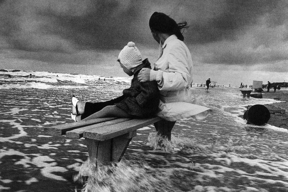 Антанас Суткус. На Балтийском море. Гируляй. 1972