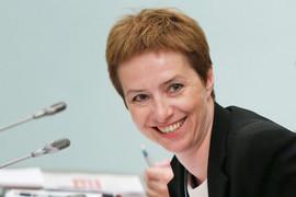 На таком рынке Ольга Дергунова хочет держаться подальше от приватизации