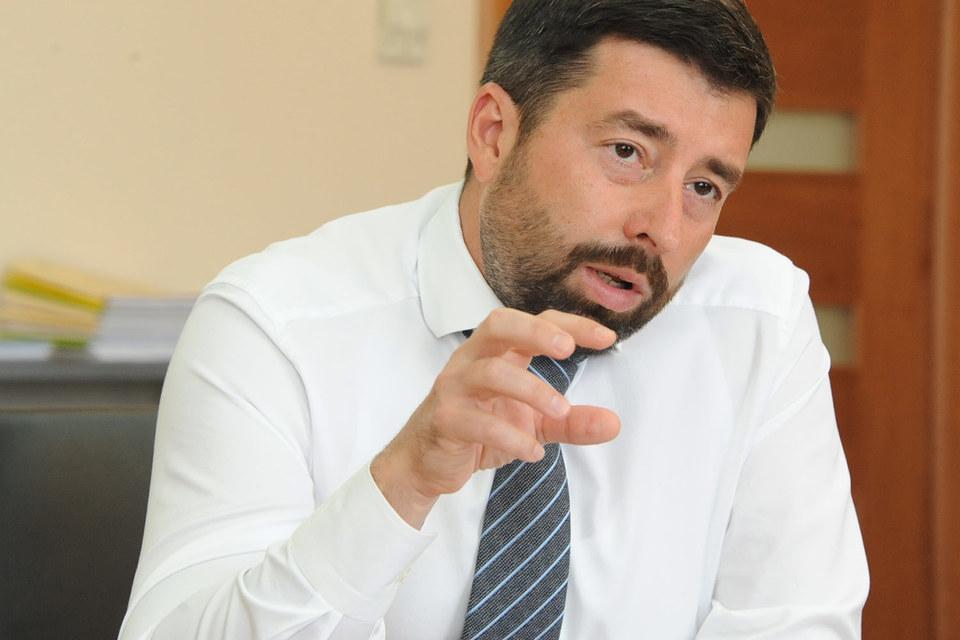Базовая ставка отчислений в фонд страхования вкладов будет расти постепенно, говорил гендиректор АСВ Юрий Исаев