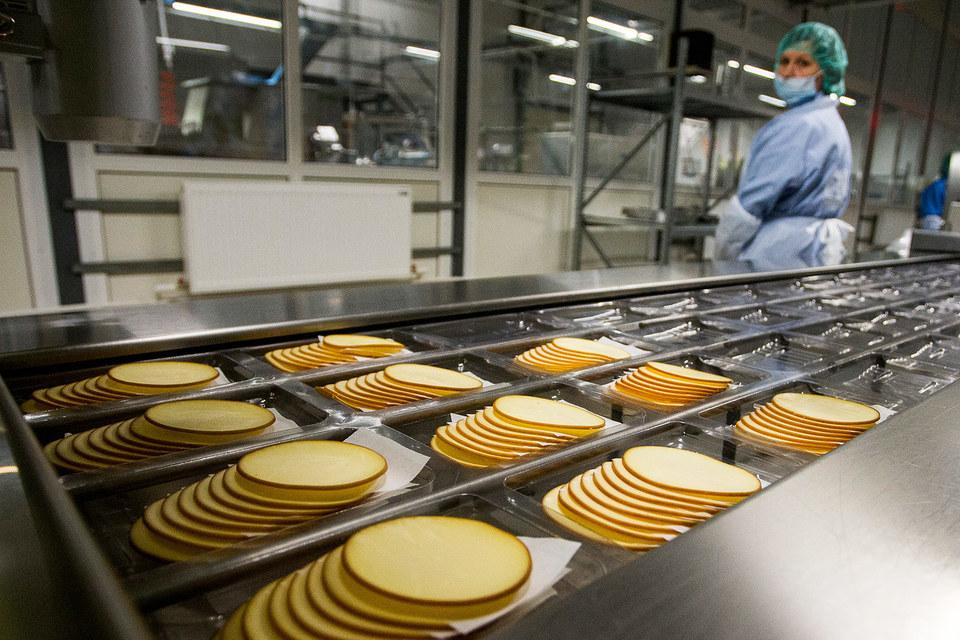 Инвестиции в линию по нарезке и фасовке сыров составили 2 млн евро