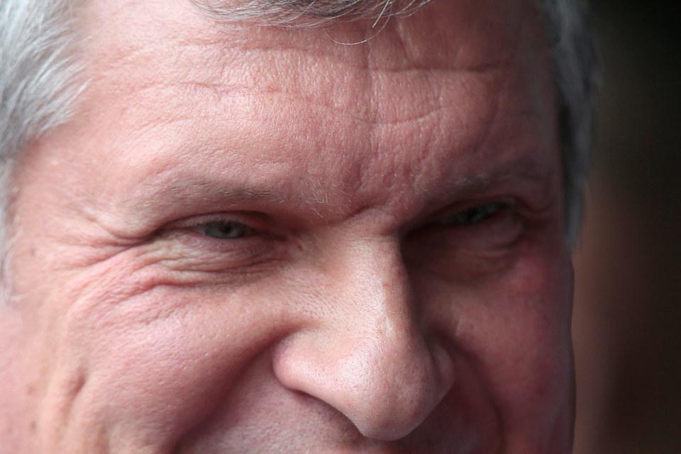 Игорь Сечин (на фото) убедил президента, что «Роснефтегазу» деньги нужнее, чем бюджету