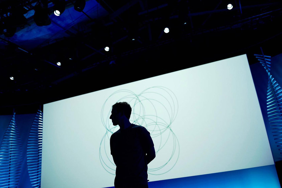 По мнению Цукерберга, чат-боты скоро полностью изменят то, как люди используют свои смартфоны