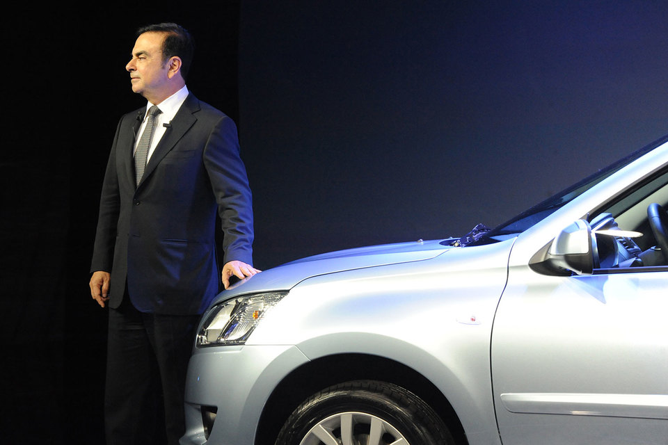 Карлос Гон уступит место председателя совета директоров «АвтоВАЗа» топ-менеджеру «Ростеха» Сергею Скворцову