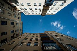 До 1917 г. в Москве было 800 доходных домов, это около 40% столичного жилья в то время