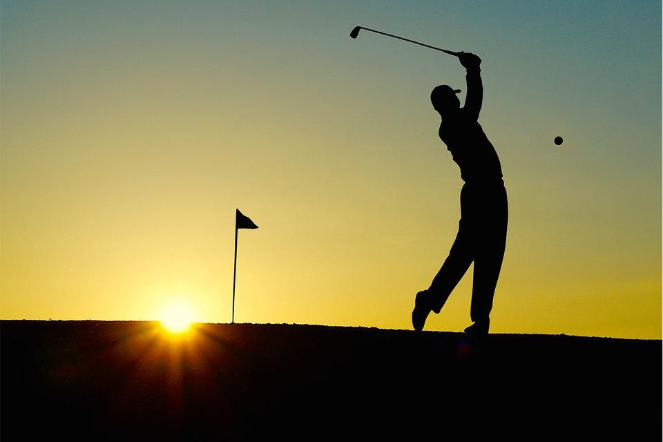 Наличие в поселке гольф-клуба может добавить к стоимости коттеджей 15–20%