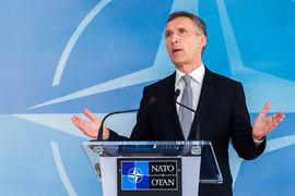 По словам генсека НАТО Йенса Столтенберга (на фото), стороны согласились с тем, что минские соглашения надо выполнить