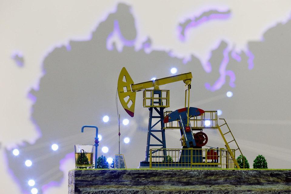 Руководители российских нефтяных компаний считают, что сырье не будет дешеветь