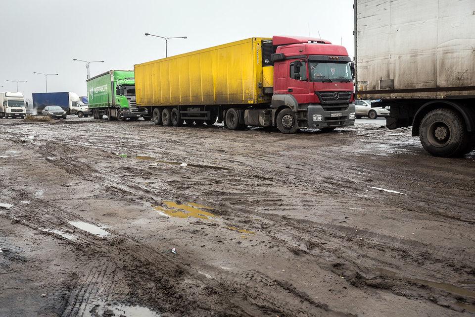 Ставки за проезд по российским дорогам для иностранных грузоперевозчиков увеличены из-за роста курса евро