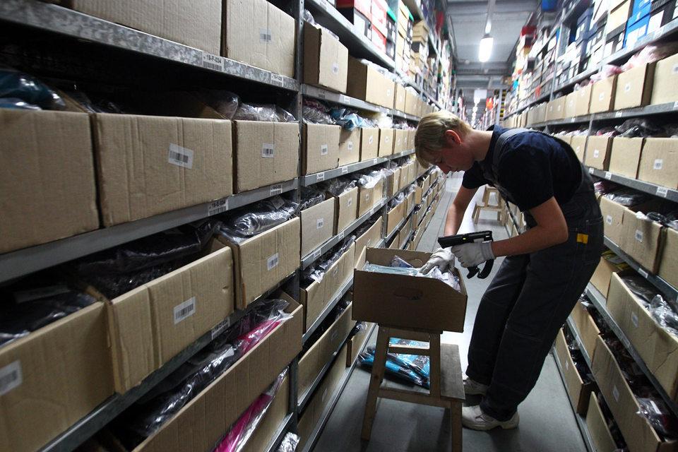 В России сейчас не облагаются пошлинами посылки суммарной стоимостью до 1000 евро и весом до 21 кг за один календарный месяц