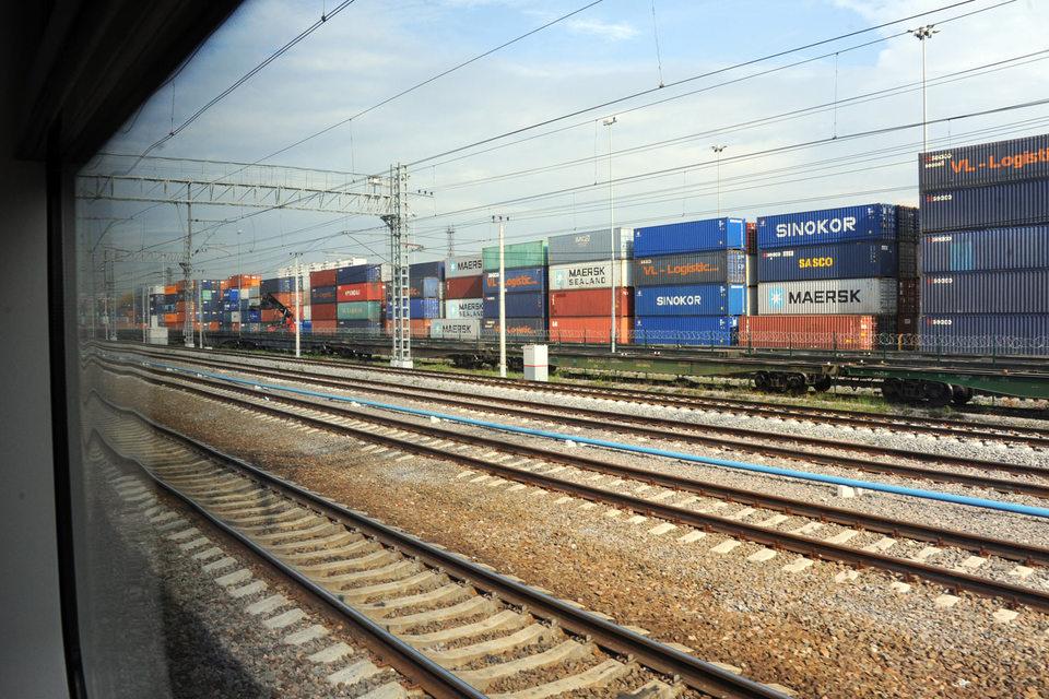 В Москве слишком много грузов обрабатывается в Центральном округе