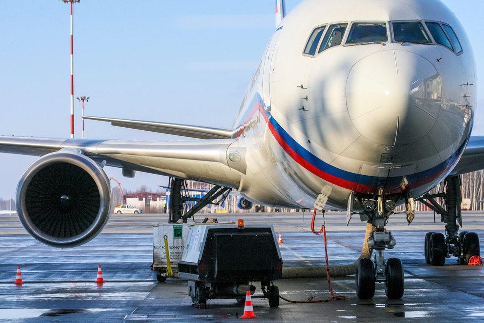 Потребление авиатоплива в «Пулково» в 2015 г. составило как раз 390 000 т.