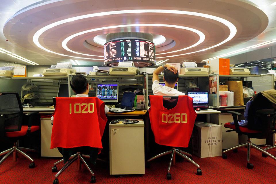 Китайские трейдеры, лишившись возможности зарабатывать на акциях, пытаются искать удачи на сырьевых рынках