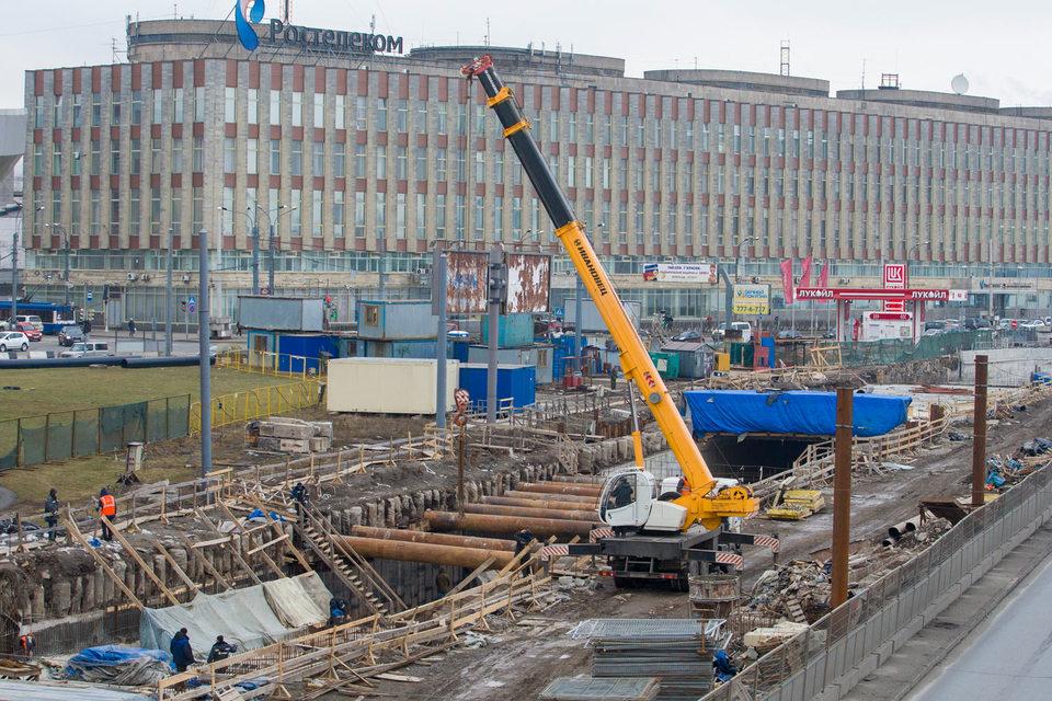 Комитету по развитию транспортной инфраструктуры (КРТИ) не удалось выбрать подрядчика для завершения работ на Синопской набережной