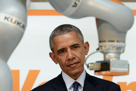 normal 12gr Роботы и Барак Обама на промышленной ярмарке в Ганновере