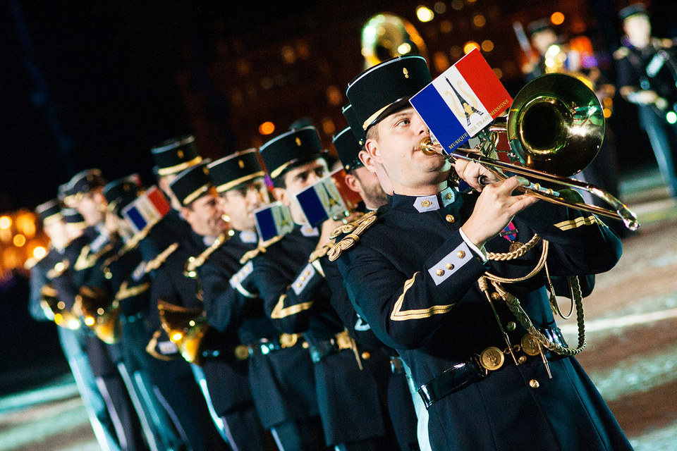 Нацсобрание Франции одобрило резолюцию о снятии антироссийских санкций