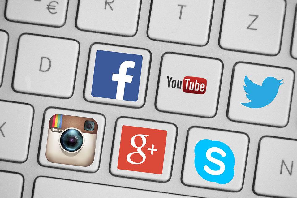 В интернет-компаниях Google, Facebook, Twitter и им подобных медианная компенсация не опускается ниже $150 000 в год, гласит отчет сайта Glassdoor